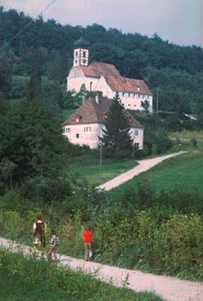 Der alte Kirchenweg in Walkersbrunn