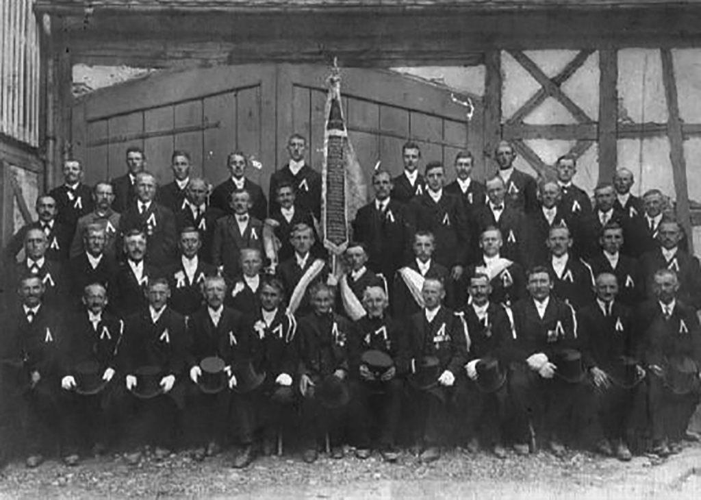 1925 Fahnenweihe des Kriegervereins Walkersbrunn