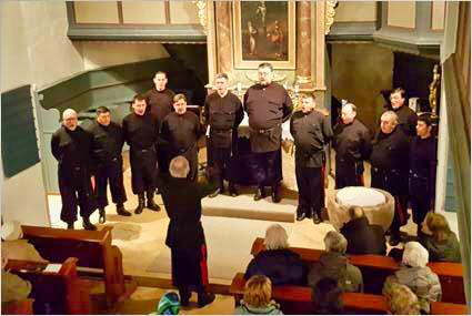 Der Don Kosken Chor singt in der Walkersbrunner Kirche