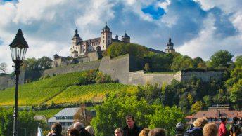 Blick auf die Festung Marienberg in Würzburg