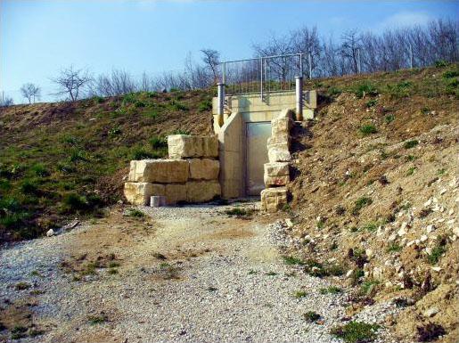 Die sanierte Quellfassung im Jahr 2007
